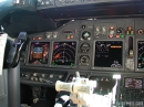 Boeing 737 cockpit picture