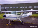 Cessna 152 flight trainer G-BIXH