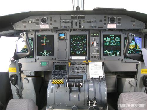 Dash 8-Q400 cockpit