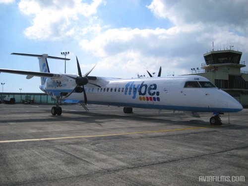 Dash 8-Q400 flybe airlines