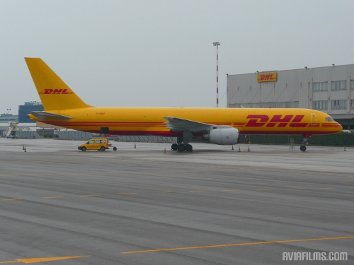 DHL Boeing 757